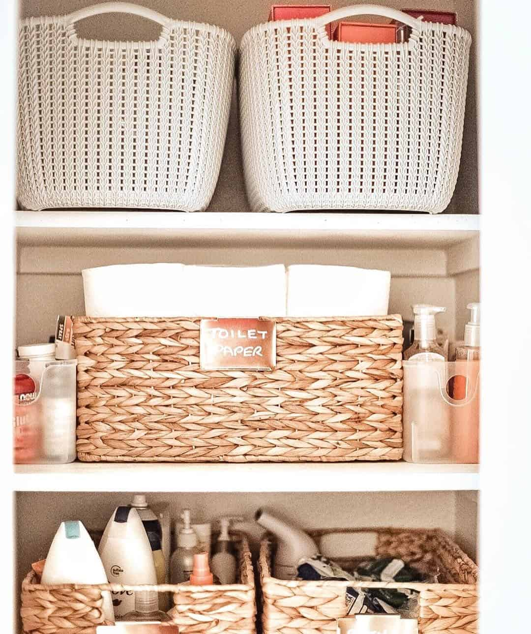 How to Organize a Linen Closet: 5 Essential Steps featured by top US life and style blog, Glamorous Versatility