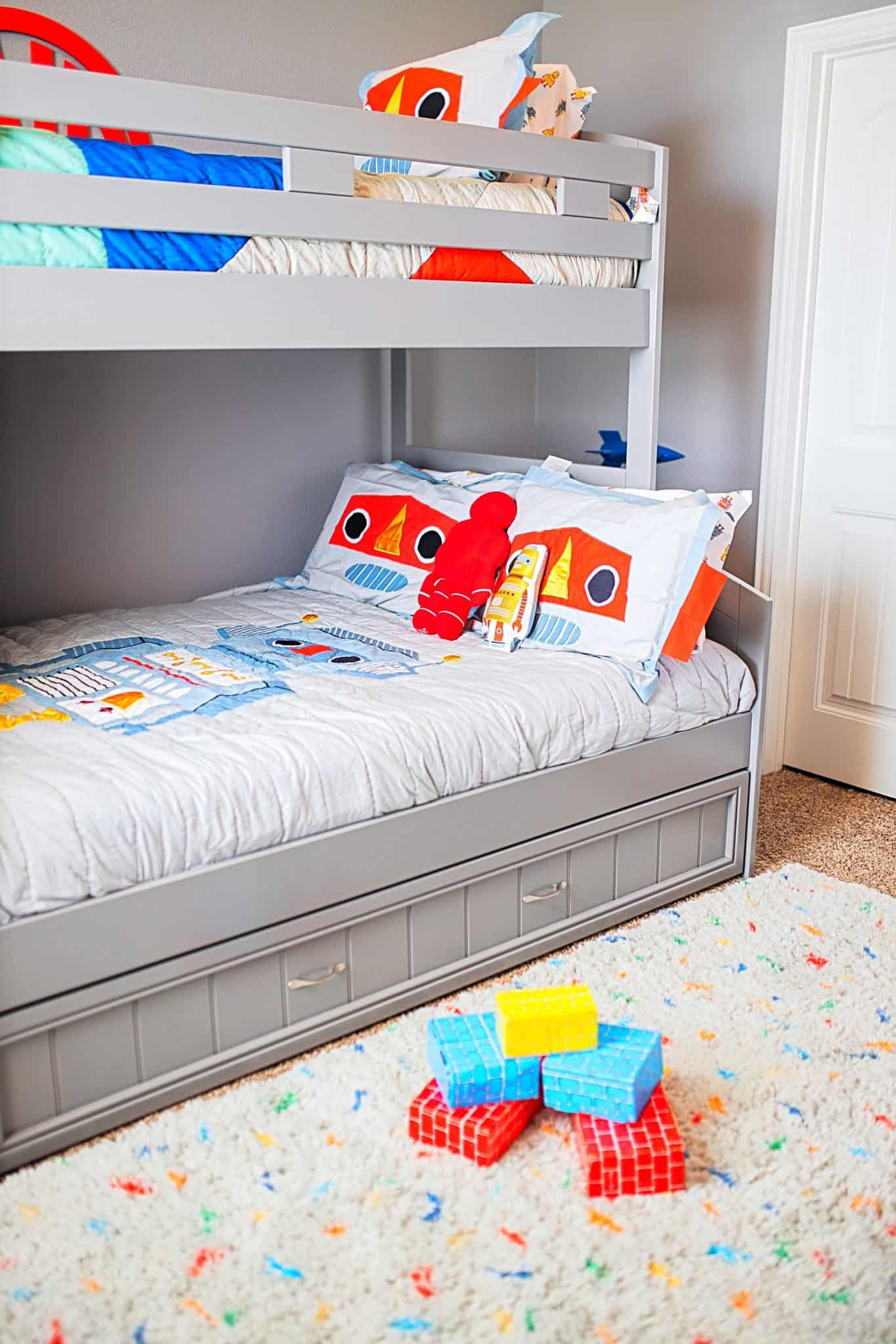 Boys Bunk Bed Room Ideas featured by top US lifestyle blog, Glamorous Versatility