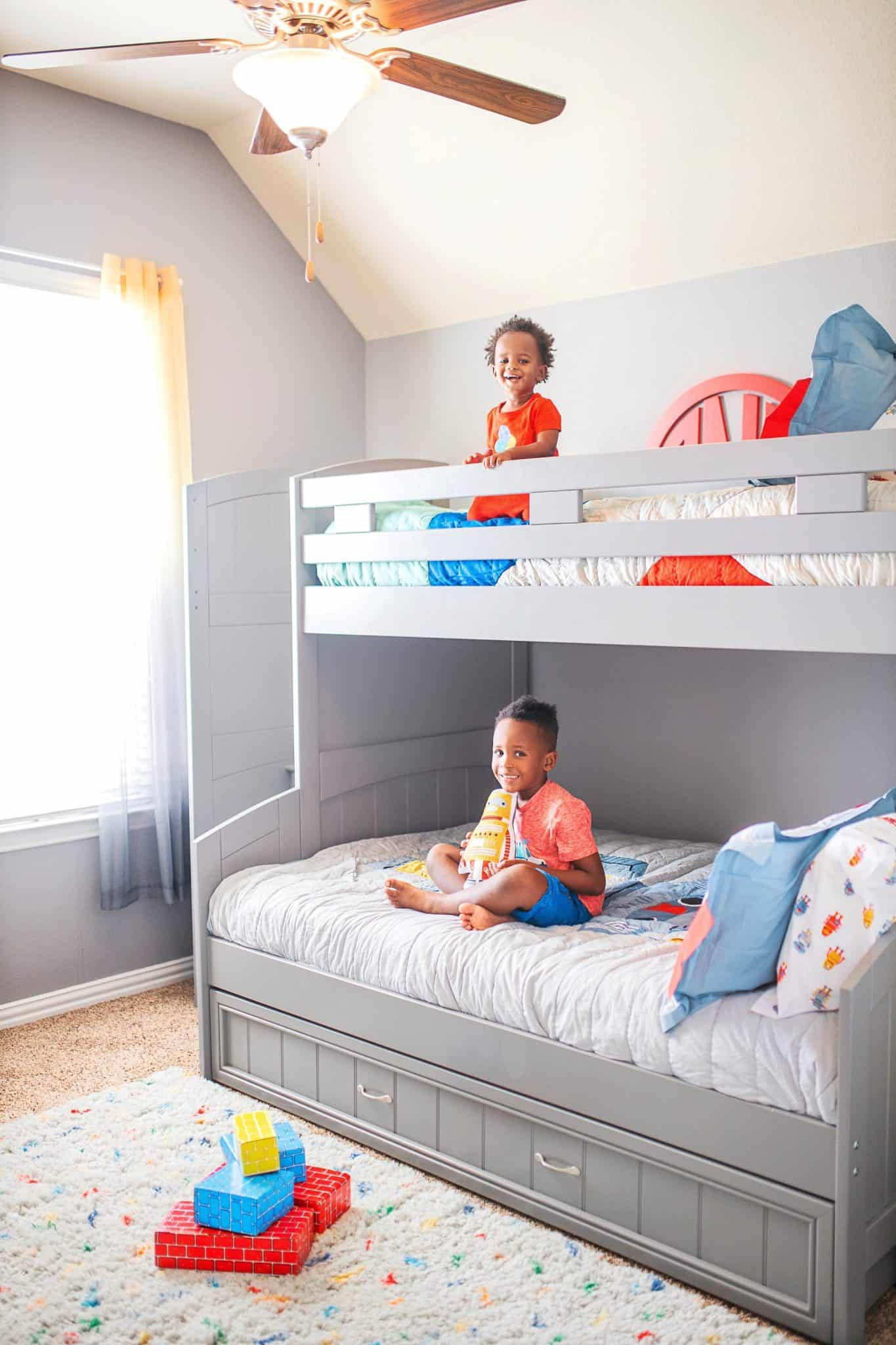 Bunk Bed Decorating Ideas.Boys Bunk Bed Room Ideas Robot Theme Glamorous Versatility