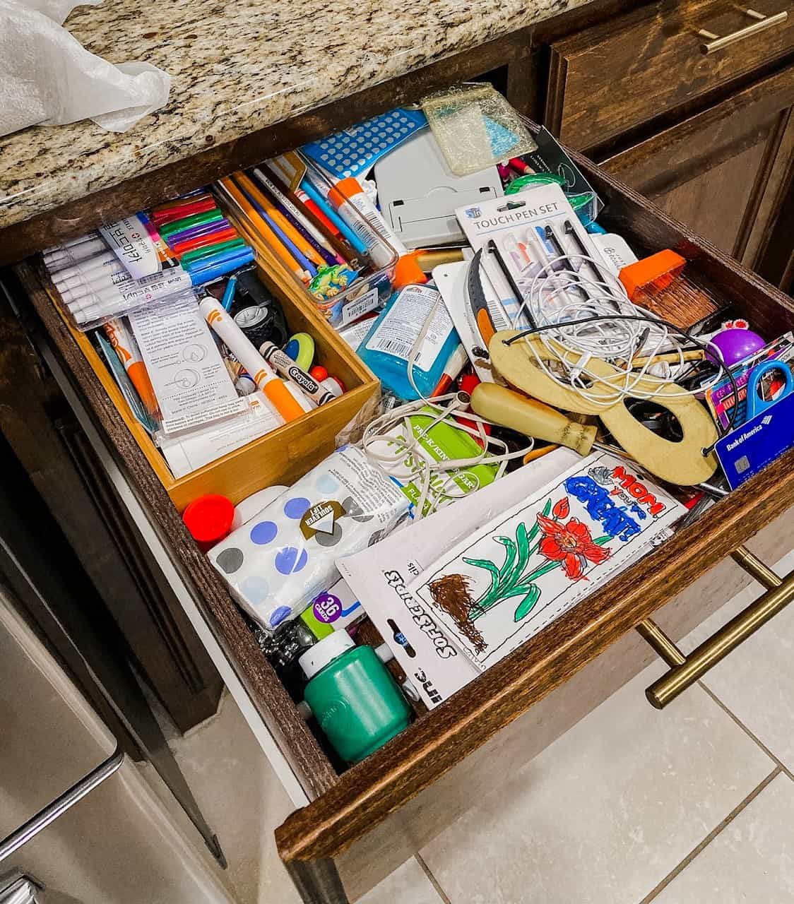 How To Organize Your Kitchen for Under $50 with the Container Store featured by top US life and style blog, Glamorous Versatility: before