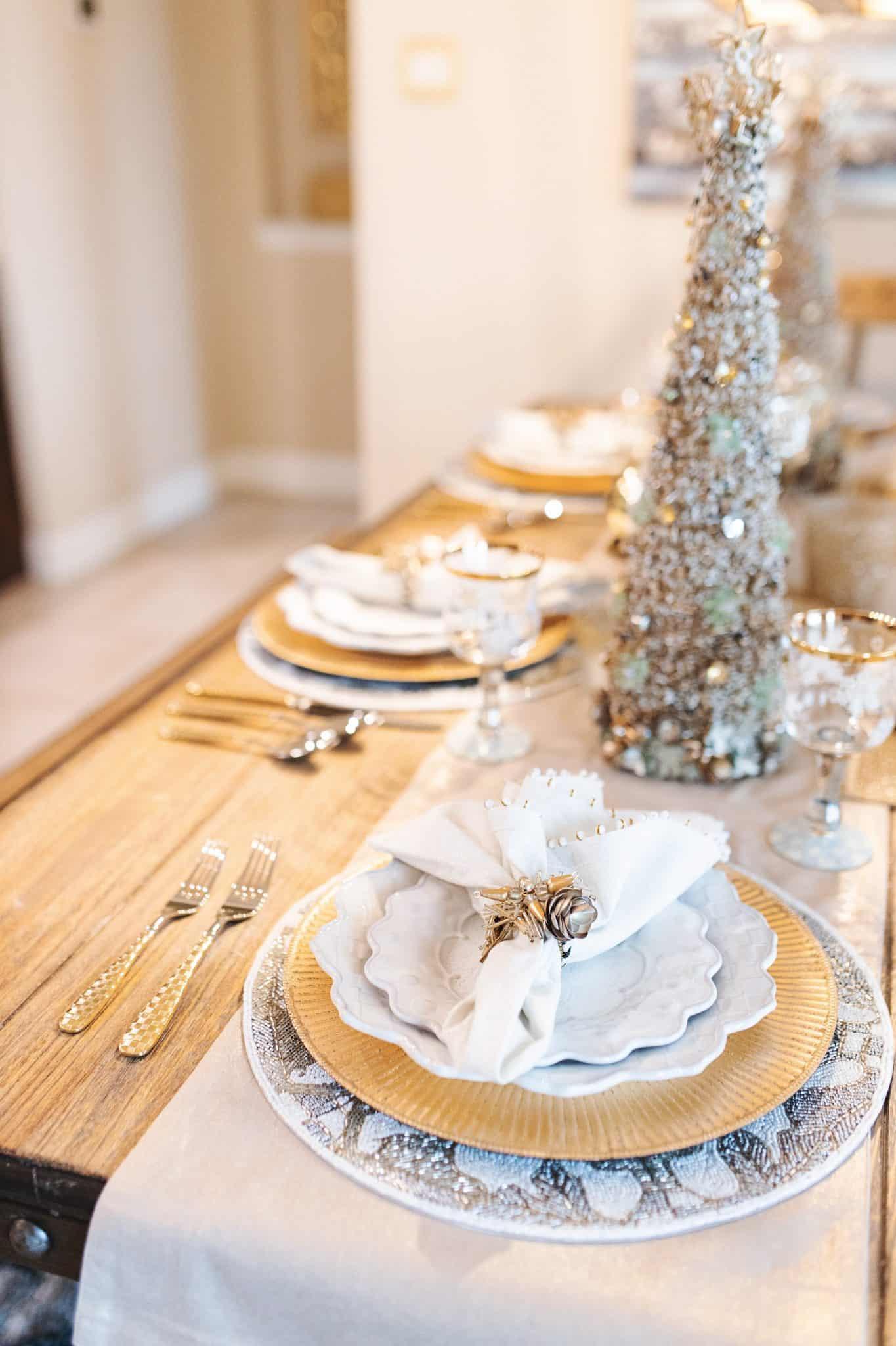 Mackenzie Childs Table Setting Life And Style Glamorous Versatility
